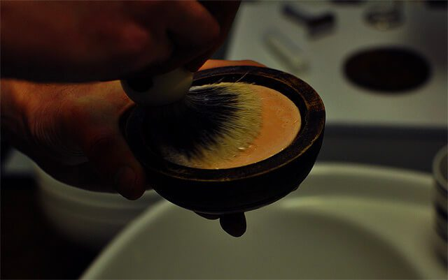 Shaving-Brush-tutorial