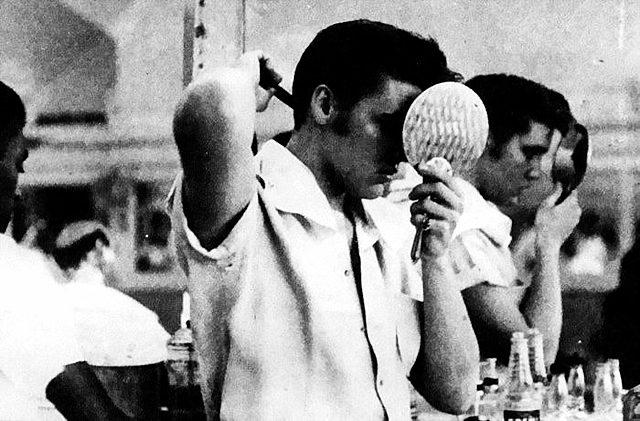 Mens-Comb-Elvis-Beckham