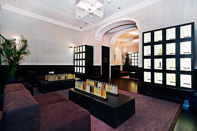 The-Illuminum-Fragrance-Lounge