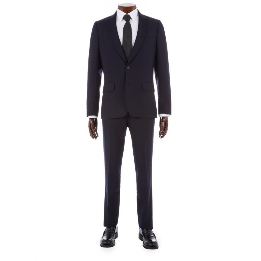 Paul-Smith-travel-suit.jpg