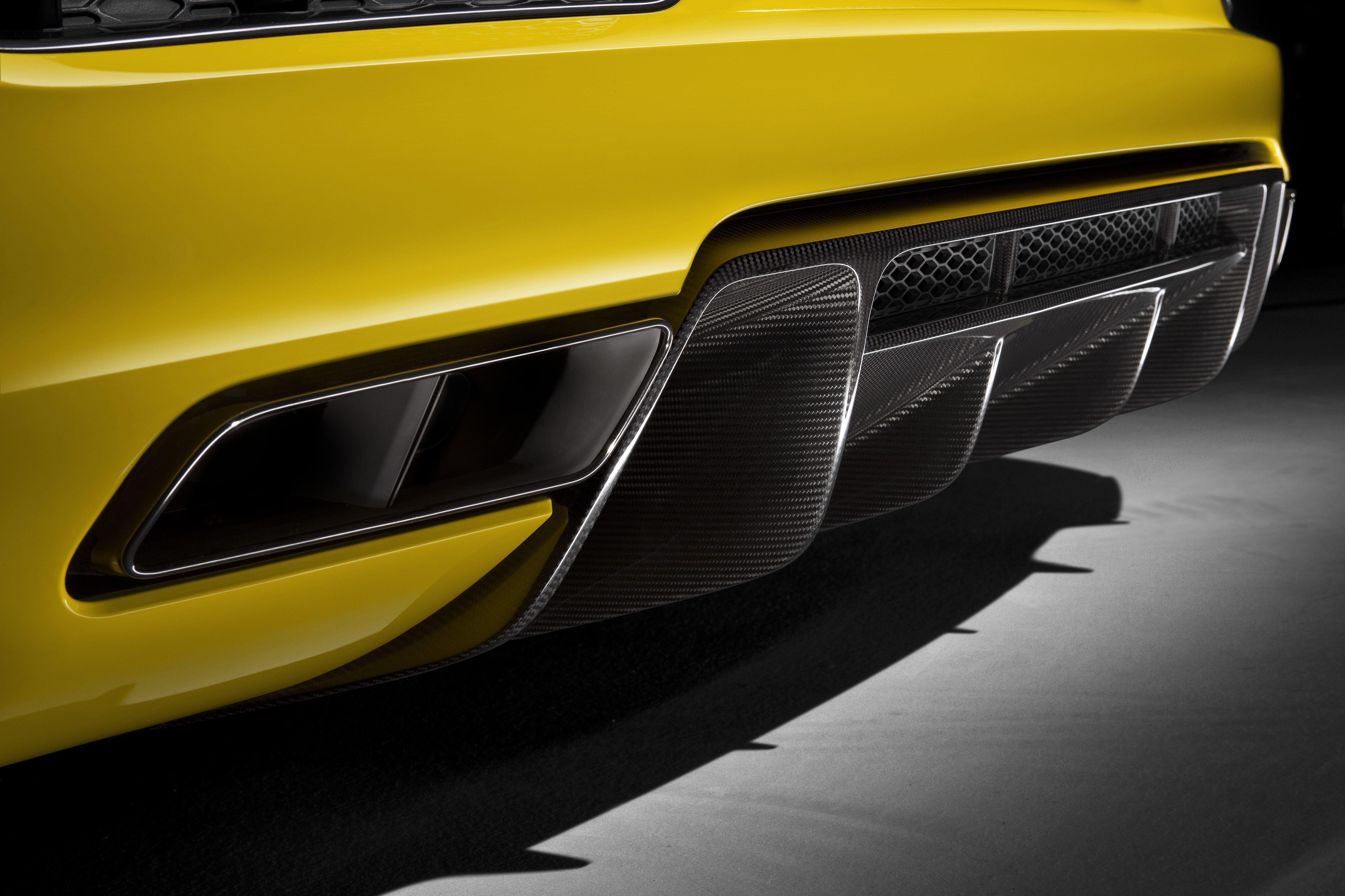 Audi R8 Spyder (13).jpg