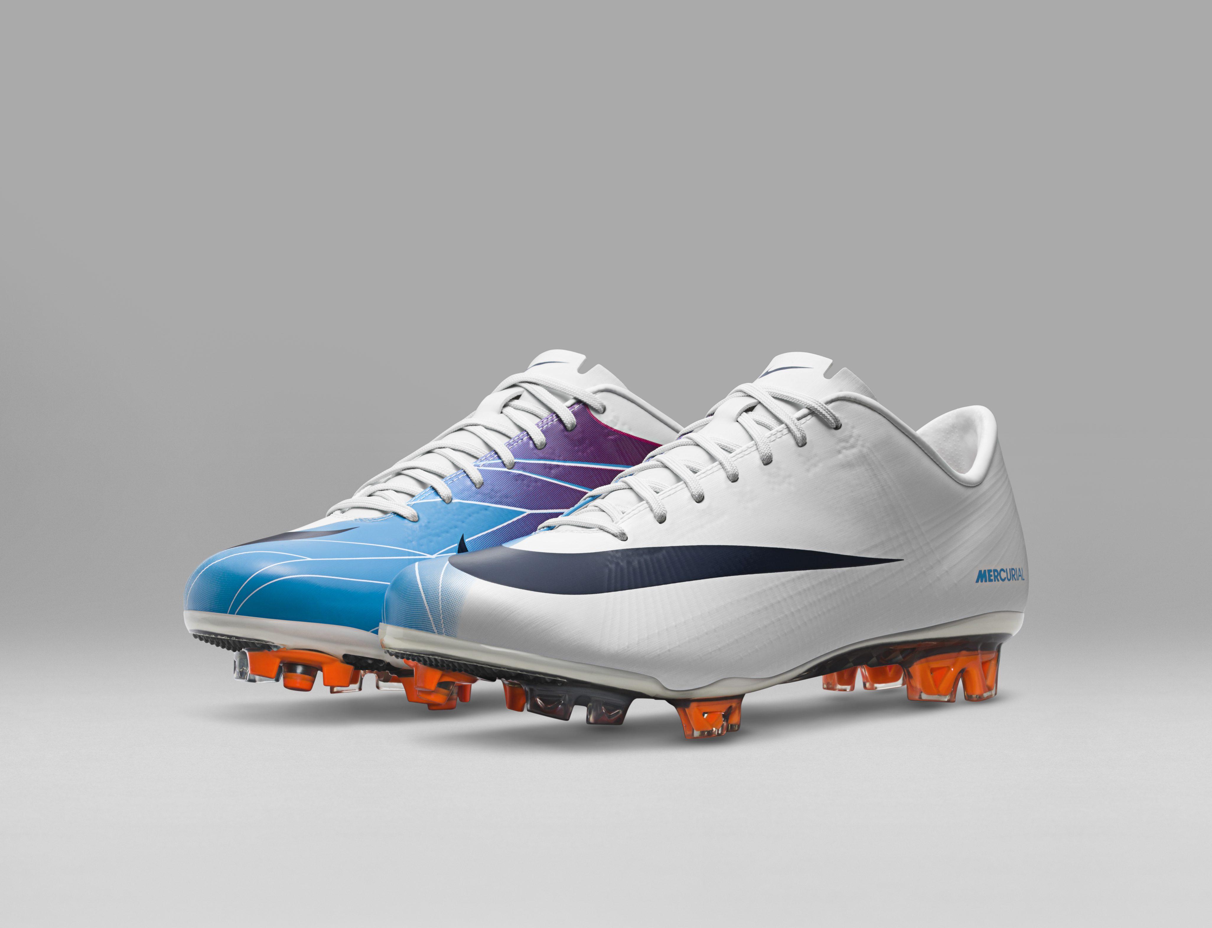 2011_Nike_Mercurial_Vapor_Superfly_II_55733.jpg