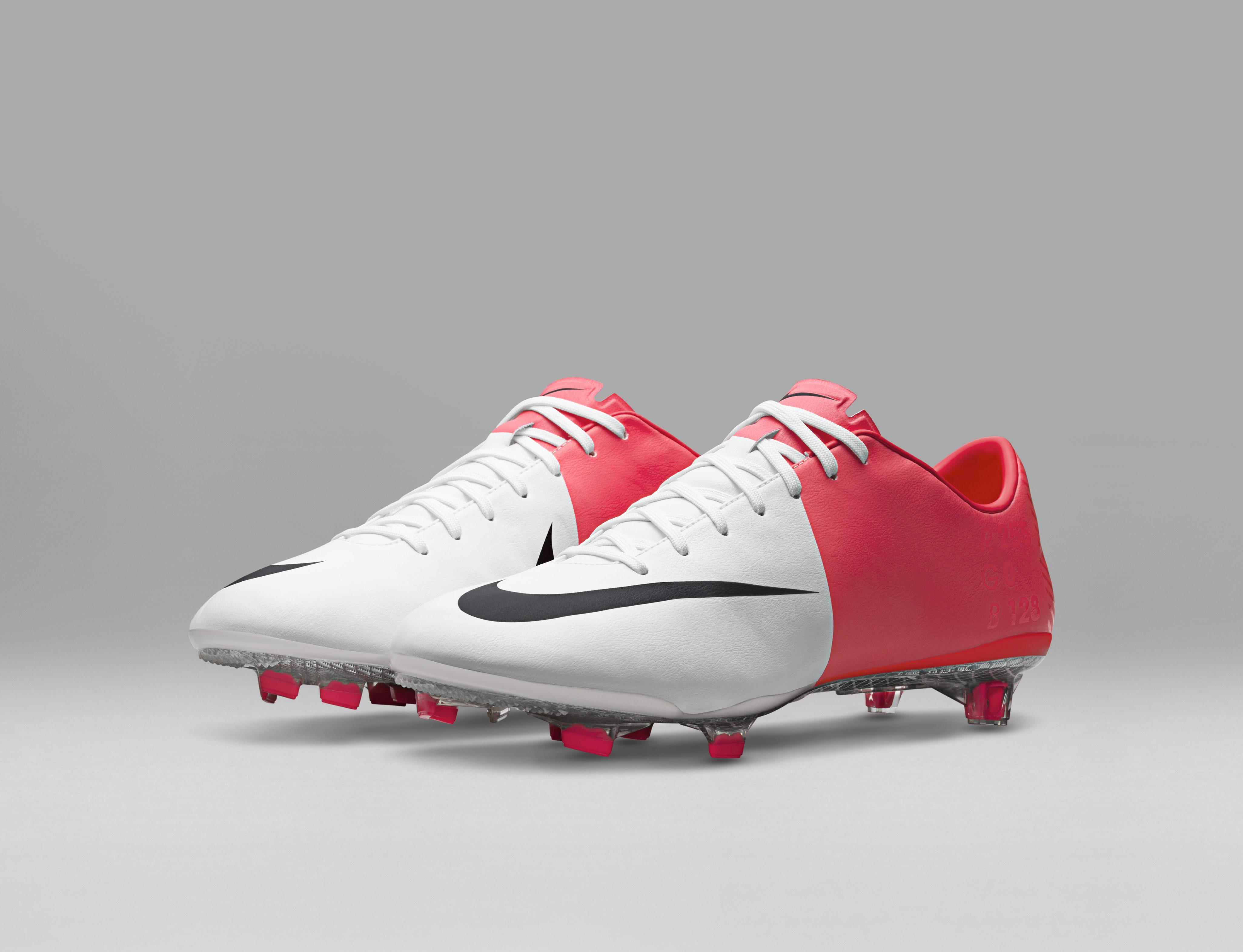 2012_Nike_Mercurial_Vapor_VIII_55735.jpg