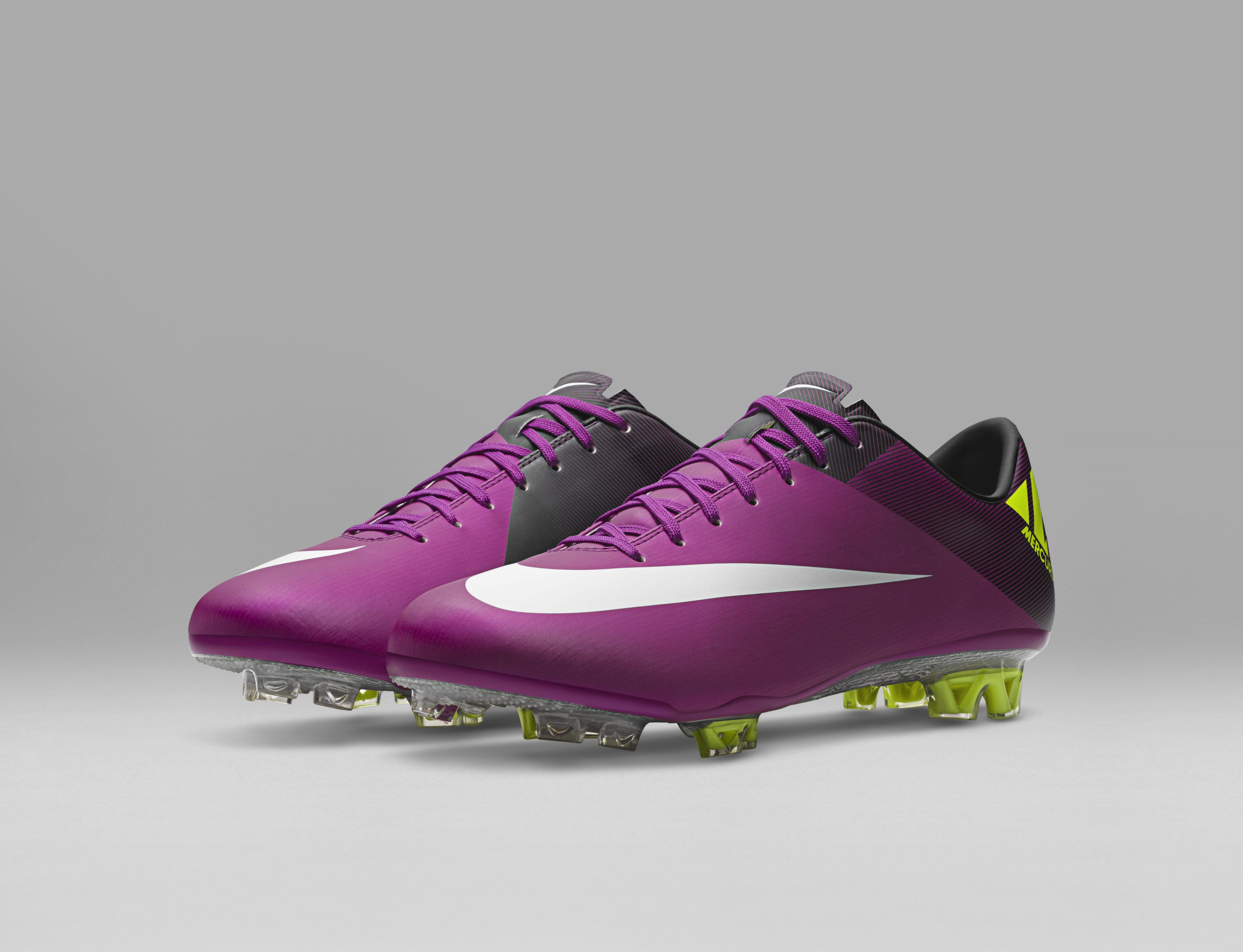 2011_Nike_Superfly_III__55734.jpg