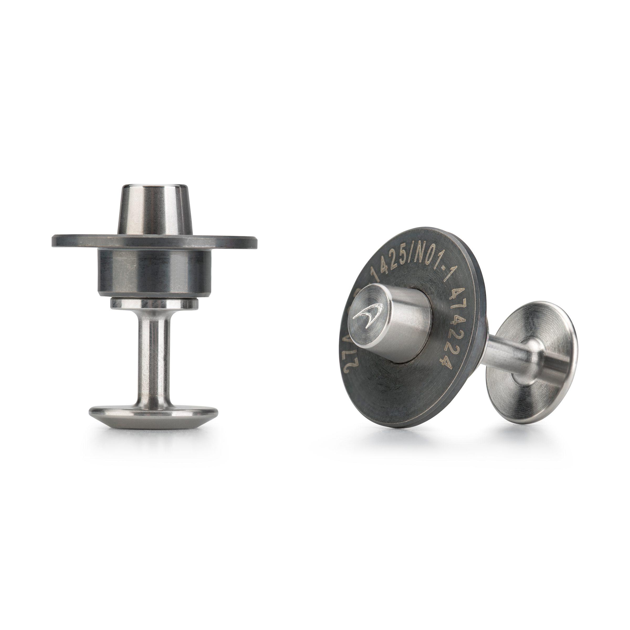 Steel-cufflinks_McLaren-cufflinks_Alice-made-this_L2.jpg