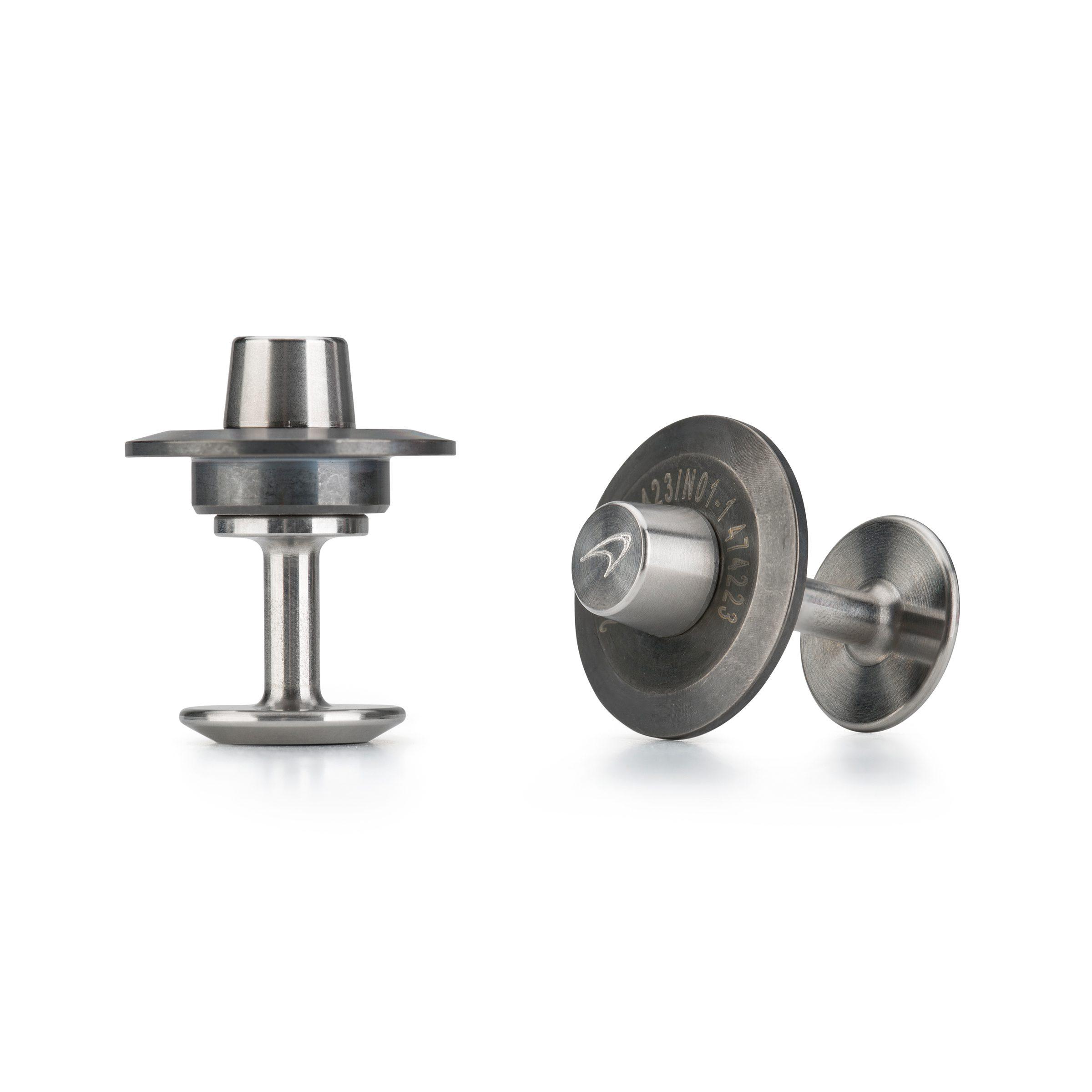 Steel-cufflinks_McLaren-cufflinks_Alice-made-this_M2.jpg