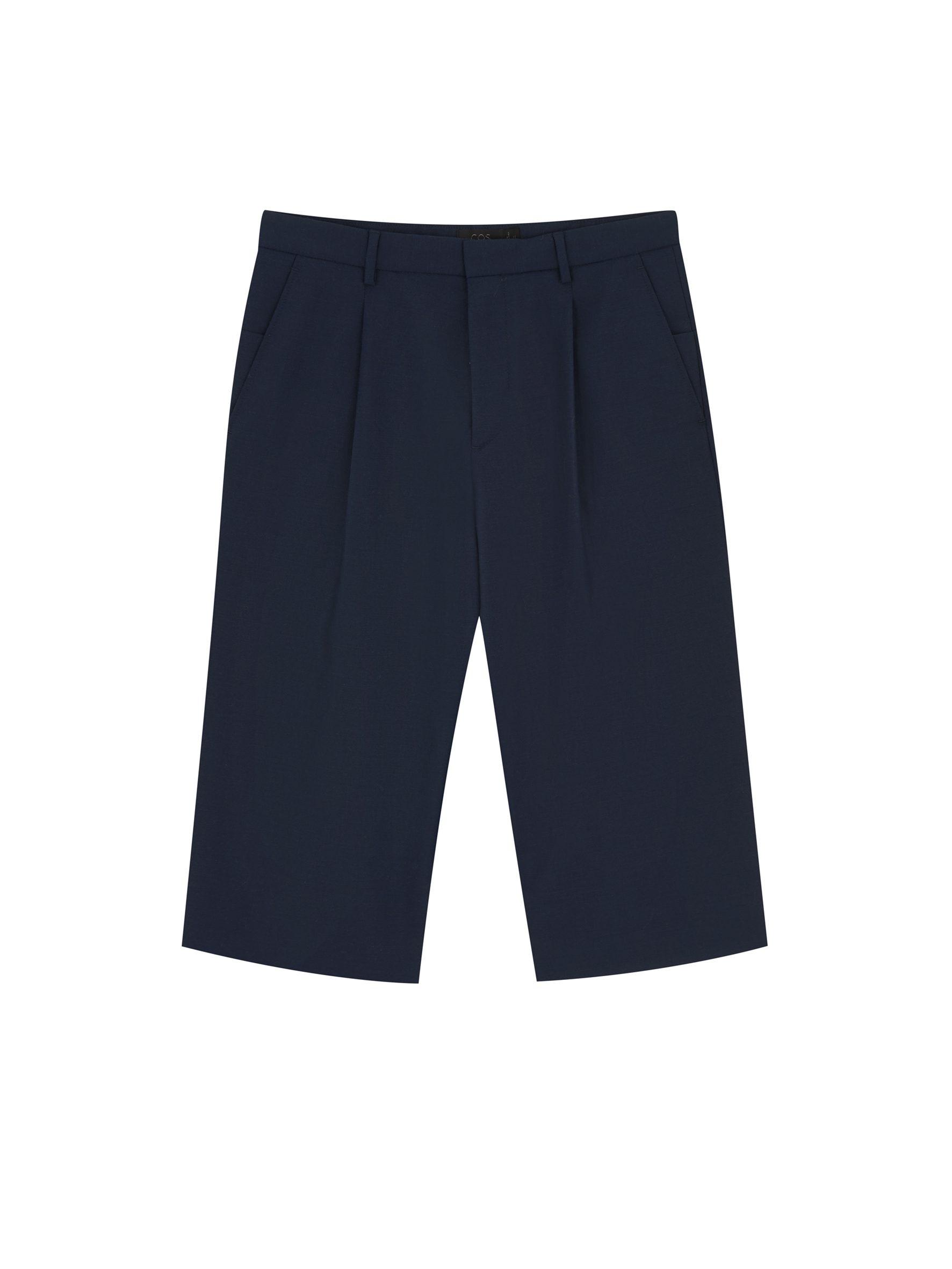 Leo shorts.jpg