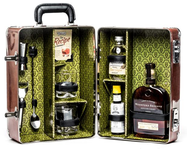 Woodford-Reserve-cocktail-kit-large-(£185).png