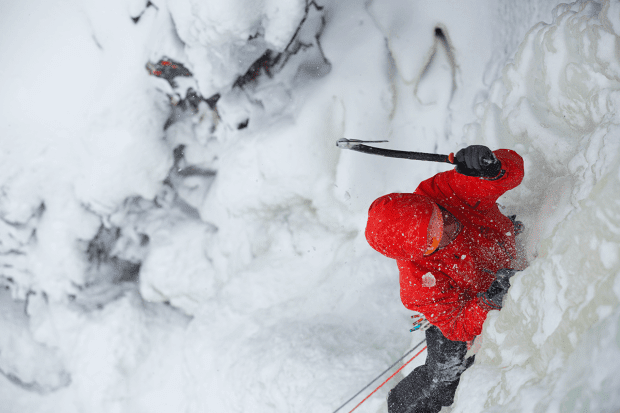FW16_AlphaSV_ConImage_Norway_IceClimbing_4878_high-res.png