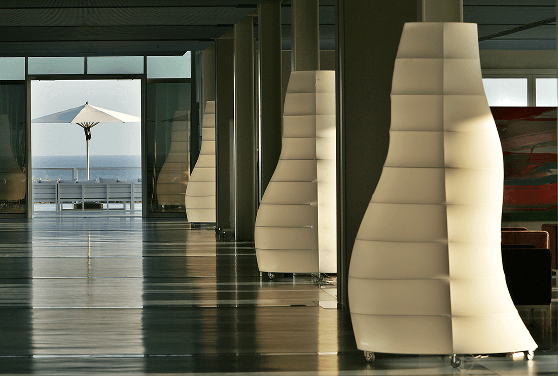 9-loby-main-hallway