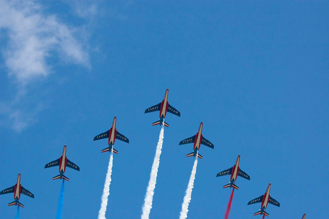 1280px-dimitri_torterat_-_patrouille_acrobatique_de_france_passing_by_french_bastille_day_2009_-_1-2