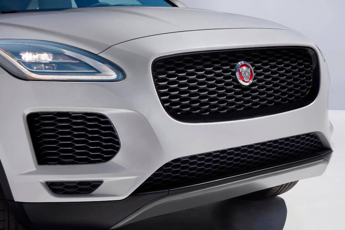 jag_epace_18my_exteriordetailsgrille_130717_11