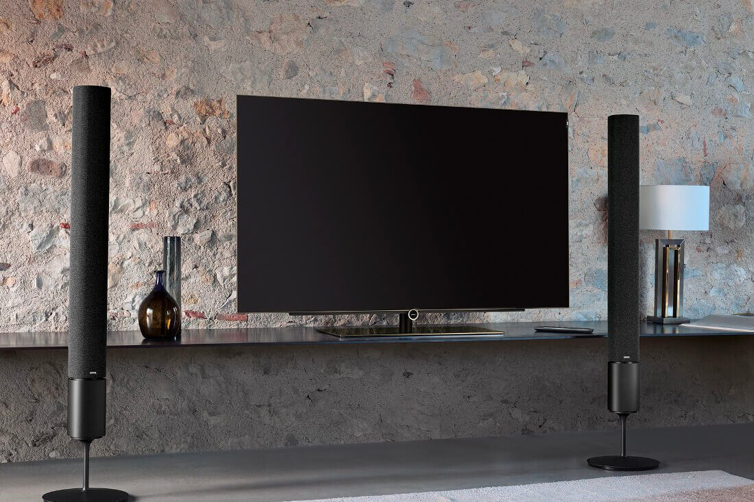 loewe bild 5 oled tv ape to gentleman. Black Bedroom Furniture Sets. Home Design Ideas