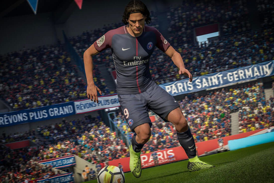 cavani_psg_hypervenom3_sep8_native_1600-2