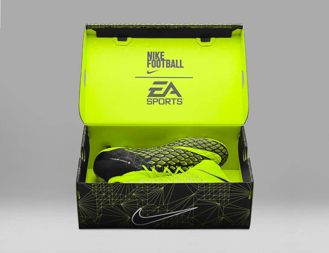 fa17_gfb_ea_sports_882008-700_hypervenom_phantom_3_df_se_fg_10_12_native_1600-2