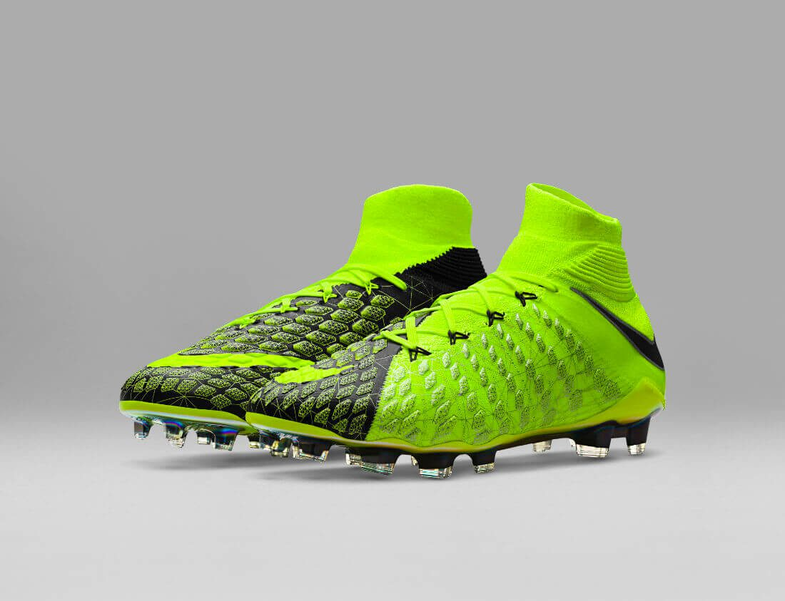 fa17_gfb_ea_sports_882008-700_hypervenom_phantom_3_df_se_fg_11_12_original-2