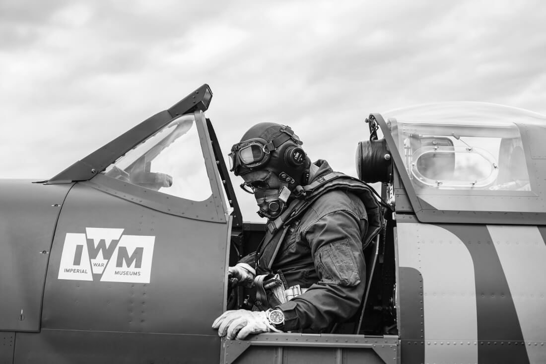 strapping-in-bremont-bw