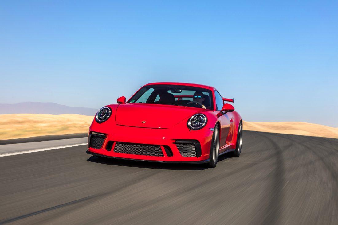 guards_red_911_gt3_001