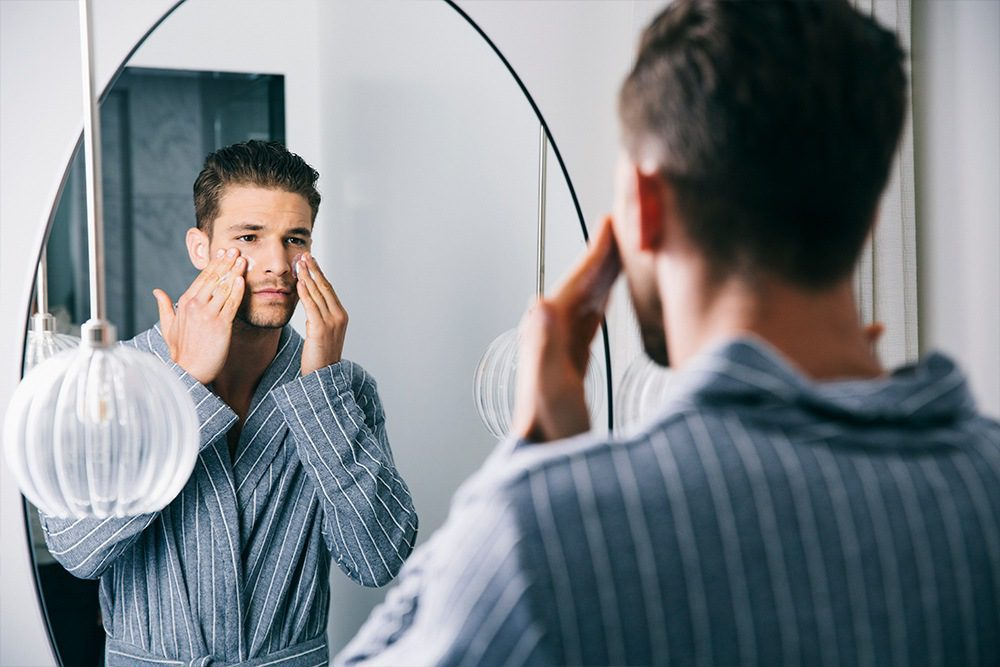 The Best Men's Face Washes For Every Skin Type: 2020 Edition