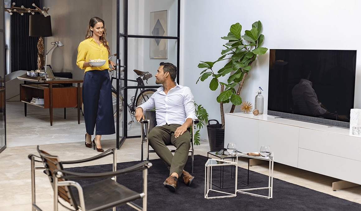 Ape to Gentleman on living with a Philips OLED+ 903 4K Television - Ape to Gentleman