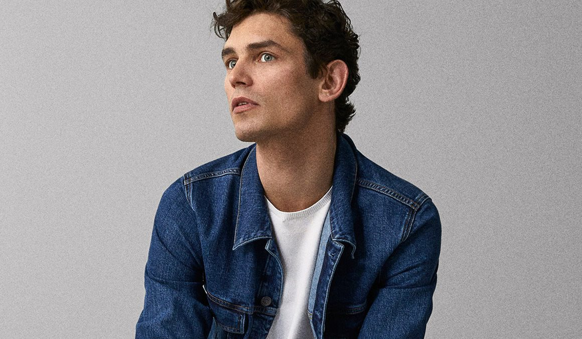 f8f05276e279ba When he knows how to wear it, a denim jean jacket can be one of the most  powerful weapons in a man's sartorial arsenal. A heavy-duty workhorse that  can be ...