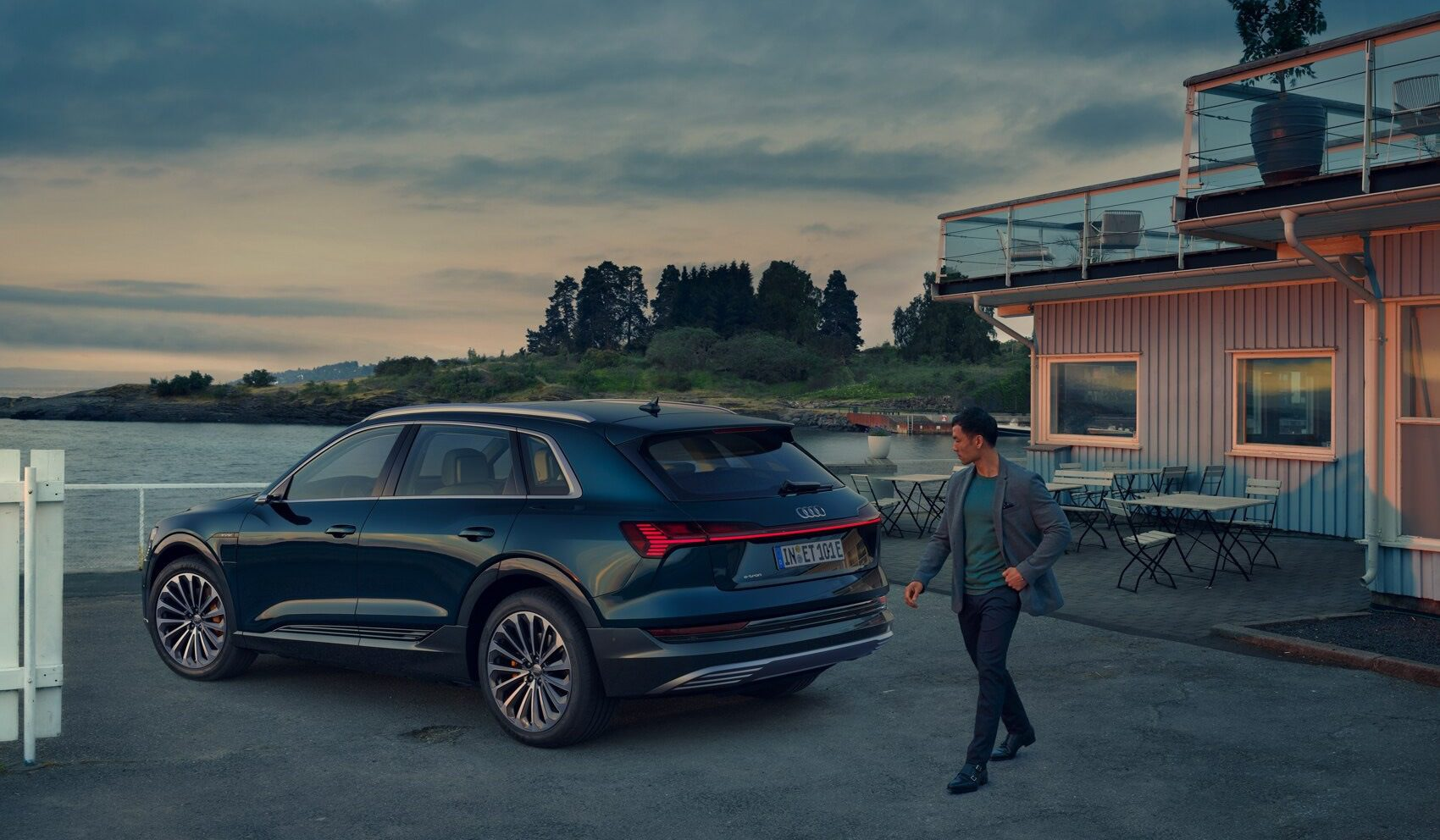 Audi e-tron (2019) Review: The Electric Car That Doesn't Feel Like One