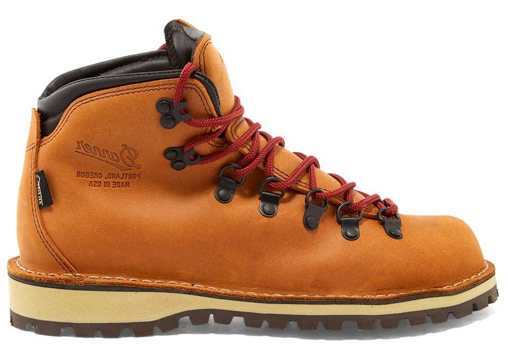 As melhores marcas de botas de caminhada de design do mundo hoje 19
