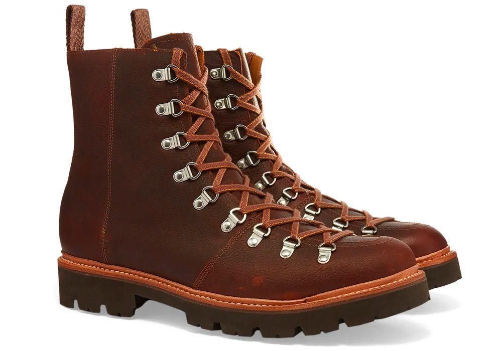 As melhores marcas de botas de caminhada de design do mundo hoje 11
