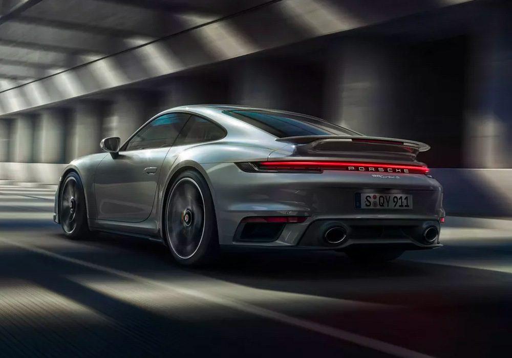 Porsche 911 Turbo S (2020) Expert Review